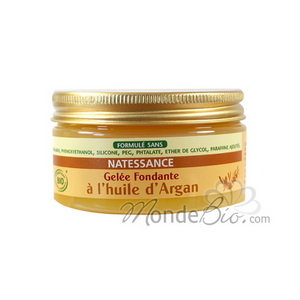 Melting nourishing body jelly with Argan Oil